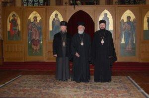 Ortodoxa biskopskonferensen för Skandinavien: biskop Dositej, metropolit Pavlos och biskop Macarie.